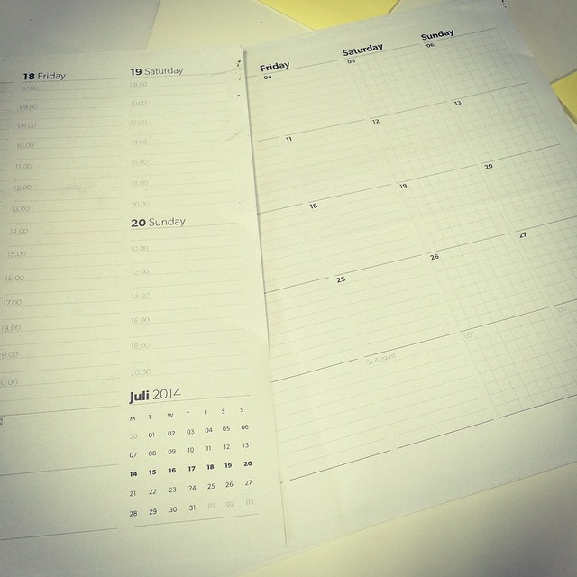 A4 calendar(weekly,monthly)